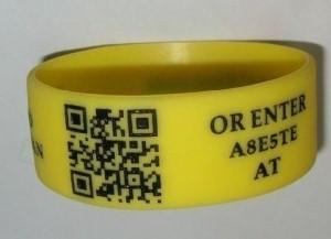 Las pulseras de silicona con código QR