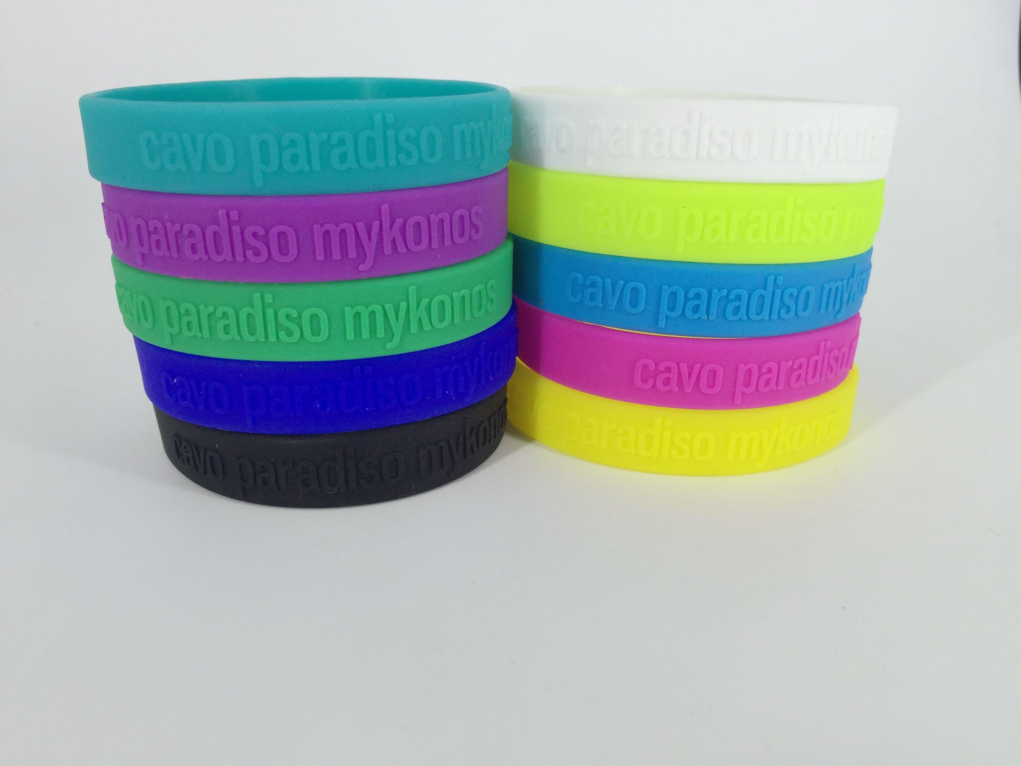9154a0b45f42 Por qué comprar pulseras de silicona  - Articulos publicitarios