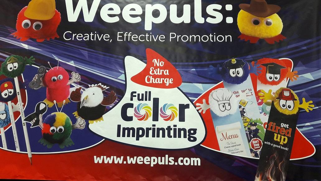 Weepuls o los pompones coloreados para una promoción exitosa